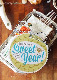 """It's been a sweet year"" free printable gift tags. Perfect for teacher gifts!"