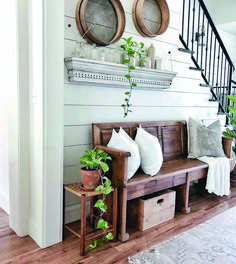Farmhouse Hallway Design Ideas - Easy methods to include some beauty and also pe. Farmhouse Hallway Design Ideas - Easy methods to include some beauty and also personality to create an attractive farmhouse design hallway area. Home Decor Styles, Living Room Decor, Country Farmhouse Decor, Farmhouse Interior, Home Decor, House Interior, Hallway Designs, Living Decor, Rustic House