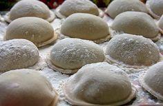 Contacto con lo Divino: Sorrentinos de Palta Pasta Casera, Hamburger, Avocado, Bread, Cookies, Desserts, Recipes, Food, Mary