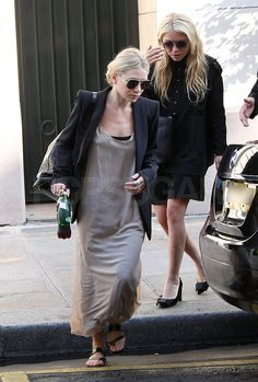 Mary-Kate and Ashley Olsen Leaving Hotel in Paris Pictures | POPSUGAR Celebrity