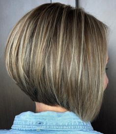 Perfect Inverted Bob with Thin Highlights