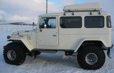 LandCruiser 40 has been stretched by 2 feet and restored.  ...interesting...almost like a 45 troopy but a bit shorter... Going to build one someday, only with 4 doors.