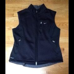 NIKE SPHERE SOFTSHELL VEST BLACK NIKE Sphere Softshell Vest is a Thermal hybrid that brings you the best of two worlds.  It combines Nike Sphere Thermal and Nike Flex fabrics for the mobility, comfort, warmth and fit. 2 way center front zip, secure hand and chest pocket, taped internal seams.  Black. Large. Great condition! Nike Jackets & Coats Vests