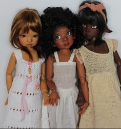Sista friends  Resin ball jointed dolls by Kaye Wiggs