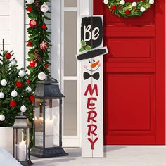 Christmas Wood Crafts, Christmas Signs Wood, Farmhouse Christmas Decor, Christmas Store, Christmas Projects, Holiday Crafts, Christmas Crafts, Christmas Porch Decorations, Christmas Clock