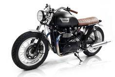Triumph Bonneville | Cafe Racer Dreams