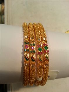 Gold Jewelry Design In India Code: 5156144546 1 Gram Gold Jewellery, Temple Jewellery, Gold Jewelry, Jewlery, Indian Jewellery Design, Indian Jewelry, Jewelry Design, Indian Bangles, Plain Gold Bangles