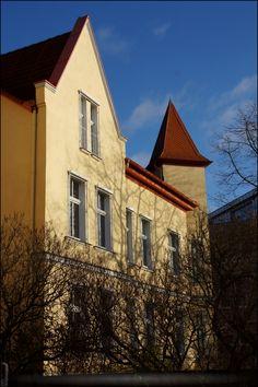 Elegant  Neubrandenburg in der Heidenstra e by MiSi