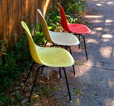 Mid-Century Eames Shell Chairs - Chicago, IL