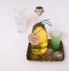 Natal Panelinha: Prepare um limoncello de presente!  A receita do Panelinha rende 800 ml – é só fazer as contas e se organizar.
