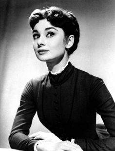 PORTRAIT OF A DAYDREAMER | Audrey Hepburn (Source : susanapplegate, via thechicsoul)