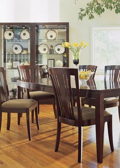 Stickley Bayonne Dining Table