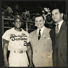 Willie Mays while played in Puerto Rico with Santurce Crabbers 1955