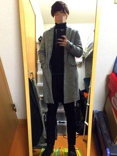 いっつも黒のチェスターコートを着てて冬を過ごしていたのですが白地のものも欲しいなぁ〜って思い買った去
