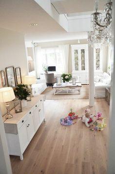 Une maison à la déco parfaite d\'inspiration scandinave   Salons ...