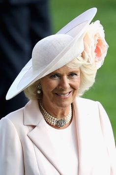 Camilla, Duchess of Cornwall, wearing Philip Treacy, on the fourth day of Royal Ascot at Ascot Racecourse on June 2016 in Ascot, England. (Photo by Chris Jackson/Getty Images) Royal Ascot, Windsor, Philip Treacy Hats, Camilla Duchess Of Cornwall, Camilla Parker Bowles, Herzog, Cool Hats, Prince Charles, Queen Elizabeth Ii