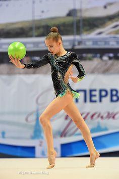 <<Championships of Russia # Februar Kazan, Russia>> Gymnastics Costumes, Gymnastics Photos, Gymnastics Outfits, Sport Gymnastics, Rhythmic Gymnastics Leotards, Ea Sports, Ballet, Body, Drill