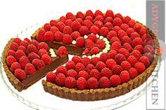 Tarta cu ciocolata si zmeura | Adygio Kitchen #adygio #chocolatetart Light In, Cake Recipes, Raspberry, Food, Youtube, Easy Cake Recipes, Essen, Meals, Raspberries