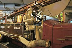 Located in the Central Fire Station, the Civil Defence Heritage Gallery showcases the fire fighting and civil defence developments in Singapore from late 1800s till today. Nearest MRT: City Hall