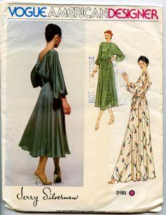 1970s Vintage Sewing Pattern Vogue 2193 Jerry Silverman Back