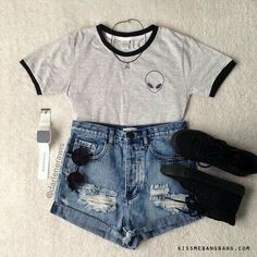Looks Lollapalooza - WePick Cute Summer Outfits, Outfits For Teens, Trendy Outfits, Cool Outfits, Pastel Outfit, Grunge Fashion, Teen Fashion, Fashion Outfits, Winter Fashion