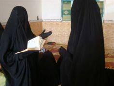 Niqabis learning Quran