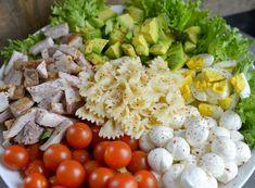 Supergod salat som du faktisk har lyst til å spise! Norwegian Food, Norwegian Recipes, Savory Salads, Food Inspiration, Cobb Salad, Salad Recipes, Potato Salad, Mozzarella, Food And Drink