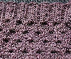 Ulla 01/18 - Ohjeet - Unelias Shag Rug, Rugs, Knitting, Home Decor, Shaggy Rug, Farmhouse Rugs, Tricot, Breien, Stricken