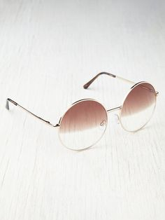 Moonies Sunglasses http://www.freepeople.com/whats-new/moonies-sunglasses/