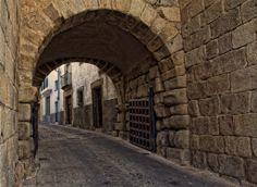 Gate Guide. Roman wall of Coria.   Coria, Extremadura, Spain
