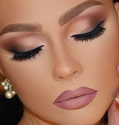 Maquiagem para noiva – Makeup casamento maquiagem para o dia mquiagem para noite… Braut Make-up – Hochzeits Make-up Abend Make-up Abend Make-up Schwarzes Haut Make-up Blondes Make-up Orientalisches Make-up Gorgeous Makeup, Pretty Makeup, Love Makeup, Makeup Tips, Makeup Ideas, Makeup Tutorials, Makeup Inspo, Makeup With Pink Dress, Makeup Jokes