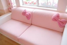 Hello Kitty couch. My future home is going to be the epitome of girly.