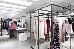 고급스러운 캐시미어 아이템들을 만나볼 수 있는 브랜드, 주느세콰 JE NE SAIS QUOI 가 갤러리아 명품관 WEST 3층에 문을 열었어요. 좋은 품질과 아름다운 디자인의 캐시미어 아이템, 주느세콰에서 만나보세요!