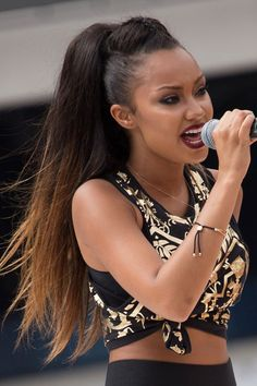 Leigh-Anne Pinnock Little Mix - Dip dye brown blonde ombre high ponytail hair style New Long Hairstyles, Haircuts For Long Hair, New Haircuts, Celebrity Hairstyles, Ponytail Hairstyles, Pretty Hairstyles, Hair Styles 2016, Short Hair Styles, Ponytail Hair Piece
