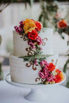 whimsical wedding cake with flowers - Deer Pearl Flowers / http://www.deerpearlflowers.com/wedding-cakes-desserts/whimsical-wedding-cake-with-flowers/
