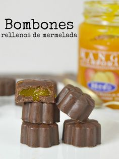 Bombones de chocolate rellenos de mermelada. Receta fácil