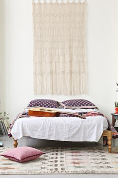The Hippie-Dippy Home Trend That's Here To Stay #refinery29  http://www.refinery29.com/wall-hangings#slide2
