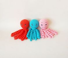 Crochet octopus for premature babies / Octopus amigurumi lovey / Montessori baby toys / Octopus plush for children's room decor