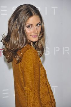 Softer brown highlights. Olivia Palermo #esprit #theworldofesprit #cologne