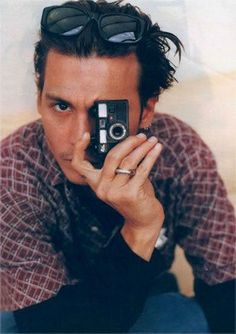 johnny depp - that look Young Johnny Depp, Here's Johnny, Marcel, Beautiful Men, Beautiful People, Beautiful Things, John Depp, Kentucky, Johnny Depp Pictures
