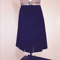 City DKNY Skirt High quality gorgeous woman skirt. 53% cotton, 43% polyester, and 4% spandex. City DKNY Skirts Mini