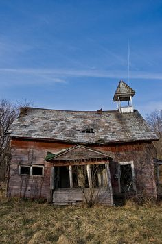 Abandoned church, south of Fallsbury Township, Licking County, Ohio