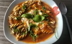 Zupy - Blog z apetytem Chimichanga, Ratatouille, Blog, Thai Red Curry, Chili, Food And Drink, Pork, Favorite Recipes, Chicken