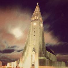 Searching northern lights. Hallgrímskirkja  Reykjavik, Iceland by @mikeslone #IGTravelBook, #InstagramTravel
