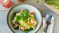 Tagliatelle met scampi in een pesto van asperges | VTM Koken