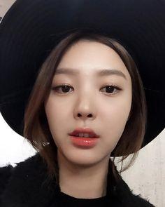 Hyun Kyung, Korean, Kpop, Pictures, Photos, Korean Language, Photo Illustration, Drawings
