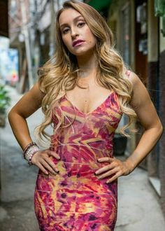 Carla Diaz, Ideias Fashion, Bodycon Dress, Dresses, Actresses, Vestidos, Dress, Dressers, Gowns
