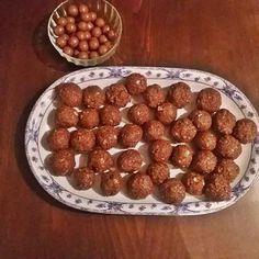 Πανεύκολα υλικά και πανεύκολη διαδικασία για τα πιο τέλεια σοκολατάκια τύπου φερέρο ροσε! Δοκιμάσ... Nutella, Dog Food Recipes, Almond, Food Porn, Sweets, Christmas, Recipes, Xmas, Good Stocking Stuffers