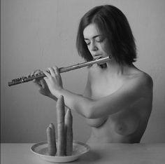 Pintura y Fotografía Artística : Galería Desnudos Explícitos y Artísticos de Modelo Rusa