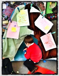 Interesting use of the gruffalo story and how to use in eyfs Gruffalo Eyfs, The Gruffalo, Primary School, Pre School, Eyfs Classroom, Classroom Ideas, Early Years Displays, Julia Donaldson Books, Abc Does